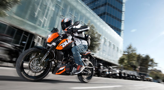 The KTM Duke 200 will be first shown to the Indian bikers at 2012