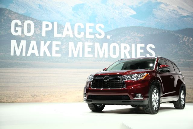 Toyota Unveiled Highlander in New York Auto show 2013